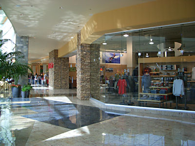 Company with Santa Anita Mall jobs Lorna Jane Made for active women by active women, Lorna Jane is an iconic brand and a global activewear leader with over retail stores worldwide.